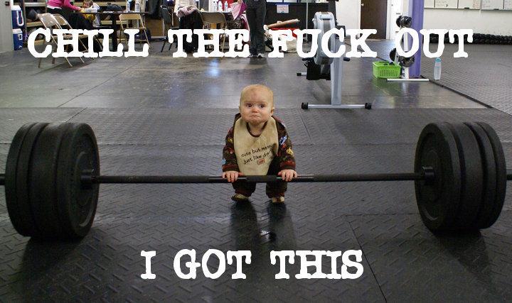funny baby in gym Wyluzuj